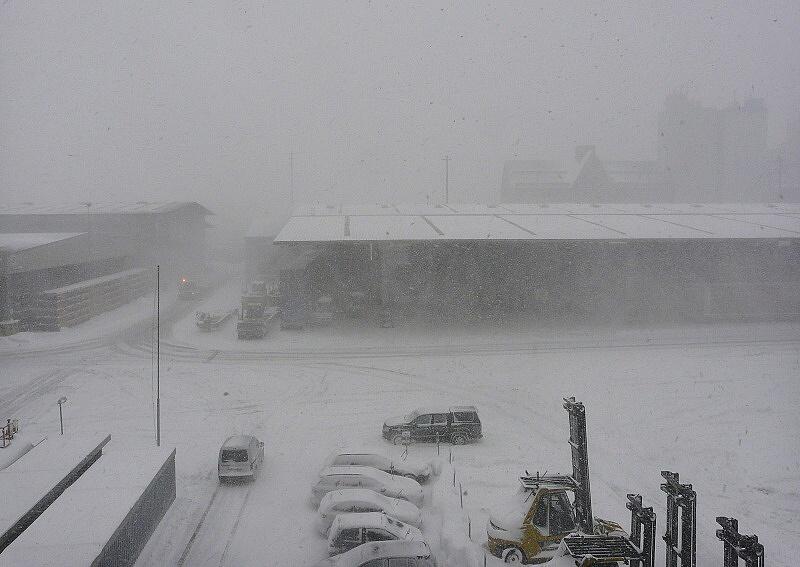 schneefall am 11.03.13 09.35 2