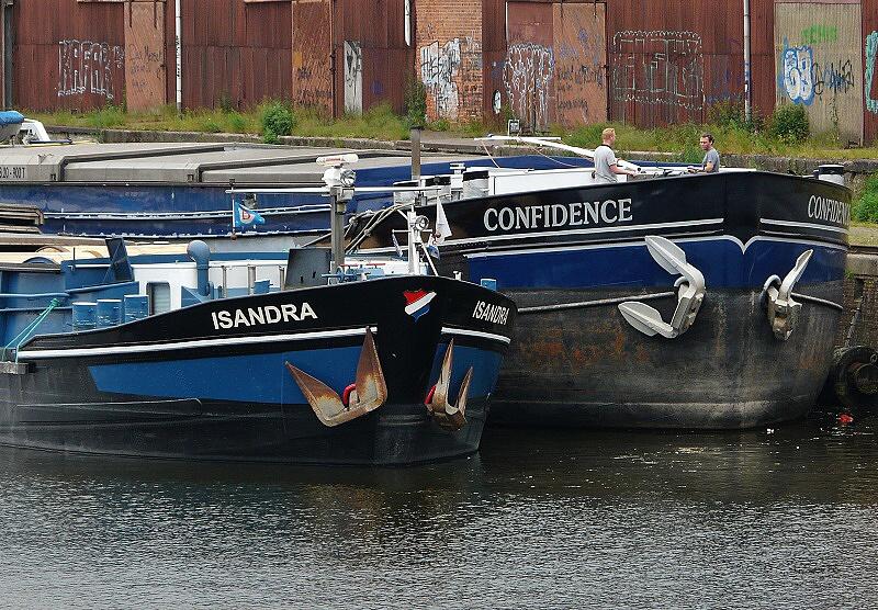 bs isandra confidence 05 140611 15.15 WHI 2