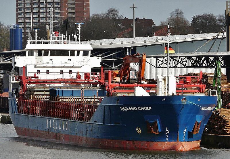 hagland chief hagland captain dune-2 03 150305 14.15 WBB 2