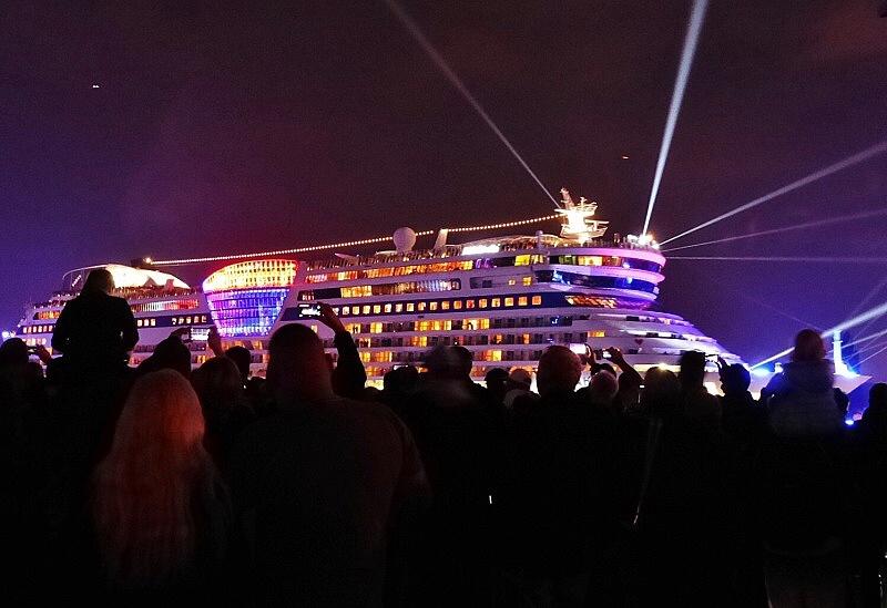 cruise days 150912 aidabella 2